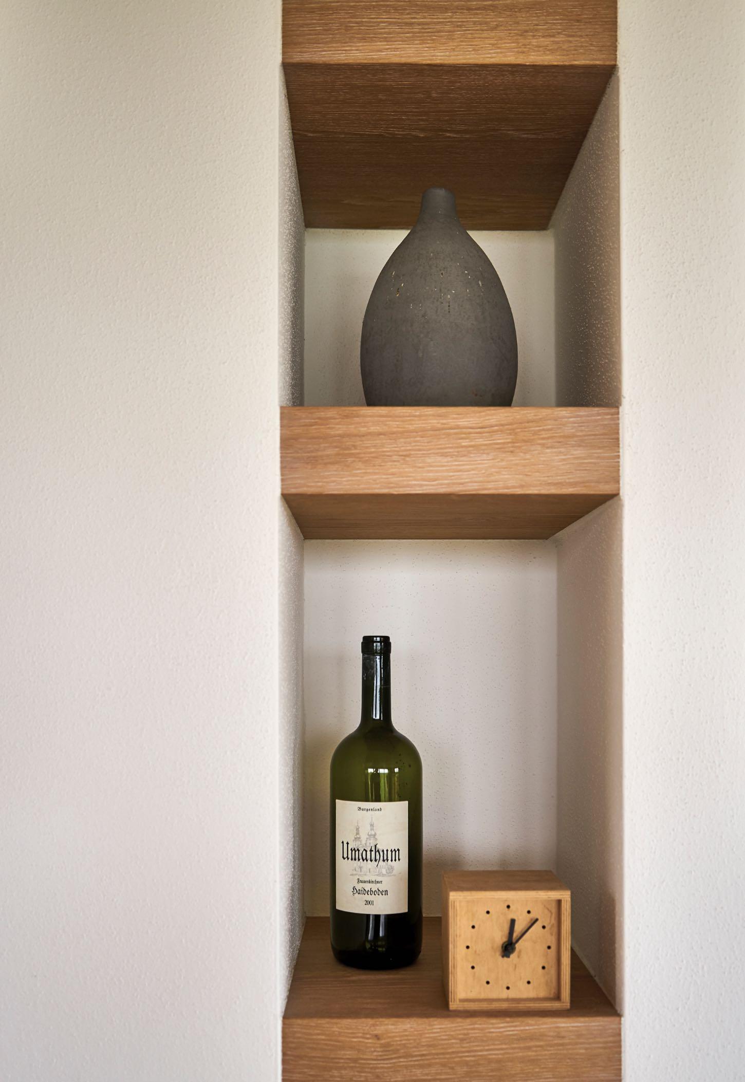 Wandregal aus Holz für Raumnischen